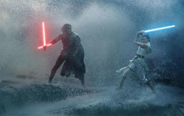 To τελικό τρέιλερ της ταινίας «Star Wars: The Rise of Skywalker» προκαλεί ρίγη