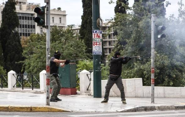 Η 17η Μπρυμαίρ της βίαιης ιδεοπενίας μας