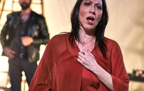 Όταν η ελληνίδα σοπράνο Ελένη Καλένος καθήλωσε κοινό και κριτικούς στο Μπρούκλιν