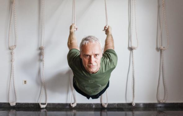 Αντώνης Φραγκάκης: «Yoga είναι ο έλεγχος των διακυμάνσεων του νου»