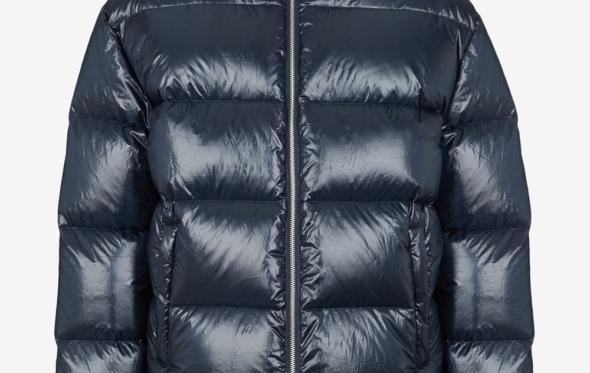 Ο μπλε χειμώνας της Armani Exchange