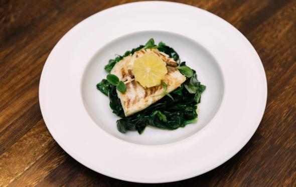«Cycladic Café»: έξυπνη λύση για lunch στο Κολωνάκι, μέσα σε Μουσείο