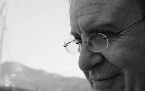 Κώστας Μαυρουδής: «Θα τον ξεχάσουμε τον ιό. Η ζωή έχει πάντα τον χαρακτήρα μιας υπόσχεσης»