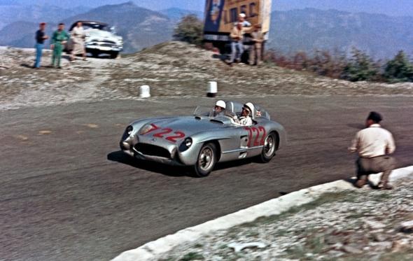 Με τον Stirling Moss στα Mille Miglia του 1955: το ρεκόρ που έμεινε στην ιστορία