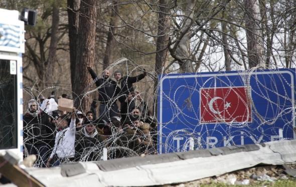 Μιχάλης Μαριόρας: πόσο απειλείται η Ελλάδα από τους μετανάστες, το Ισλάμ και τον Ερντογάν