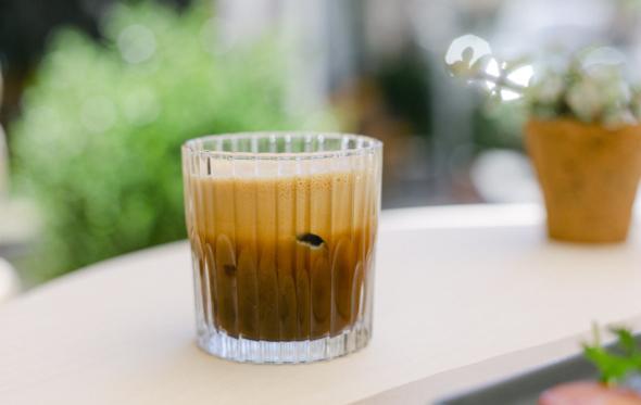 Το Cultivos πήγε στου Ψυρρή: μύρισε καφές σε μια άκρως αθηναϊκή γωνιά