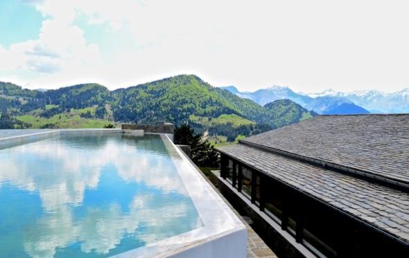 Απόδραση στο Grand Forest Metsovo: πρώτη φορά καλοκαίρι στο βουνό