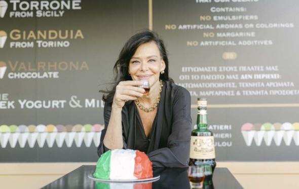 Εύη Παπαδοπούλου: «Οι Ιταλοί προσθέτουν στα πάντα κάτι από τη χαρά της ζωής»