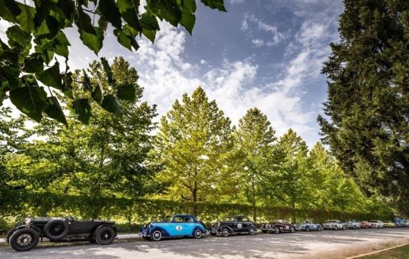 Tour du Péloponnèse: πολύ περισσότερο από ένα ακόμα ράλλυ για ιστορικά αυτοκίνητα