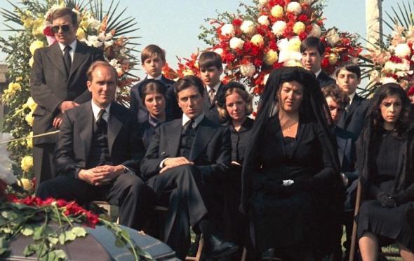Τι να φορέσετε σε μια κηδεία