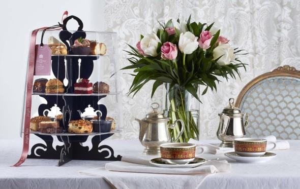 Απολαύστε το απογευματινό τσάι της Μεγάλης Βρεταννίας στο σπίτι σας