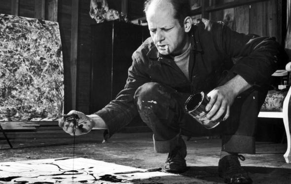 Τζάκσον Πόλλοκ: ο ζωγράφος που έσταξε μπογιά και αλκοόλ στη ζωή του