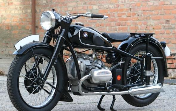 Για τα γέρικα μάτια μιας BMW R51 του 1939