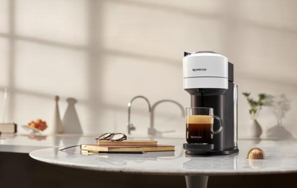 Nespresso Vertuo: η εξελιγμένη μηχανή που φτιάχνει XL καφέ, με νέα κάψουλα