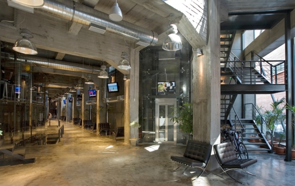 TZAFERI 16: ένας business χώρος που θυμίζει boutique hotel