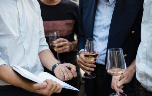 Οι top sommeliers γράφουν στο Andro: αυτά είναι τα εστιατόρια που φέρνουμε το δικό μας κρασί!