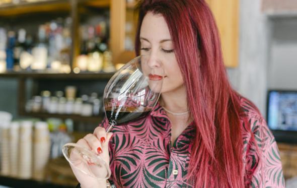 Η Wine Vixen πάει βόλτα στη Νεμέα και μας προτείνει τα αγαπημένα της Αγιωργίτικα