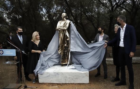 Η Μαρία Κάλλας μάς βγήκε… Χρυσοδάχτυλος