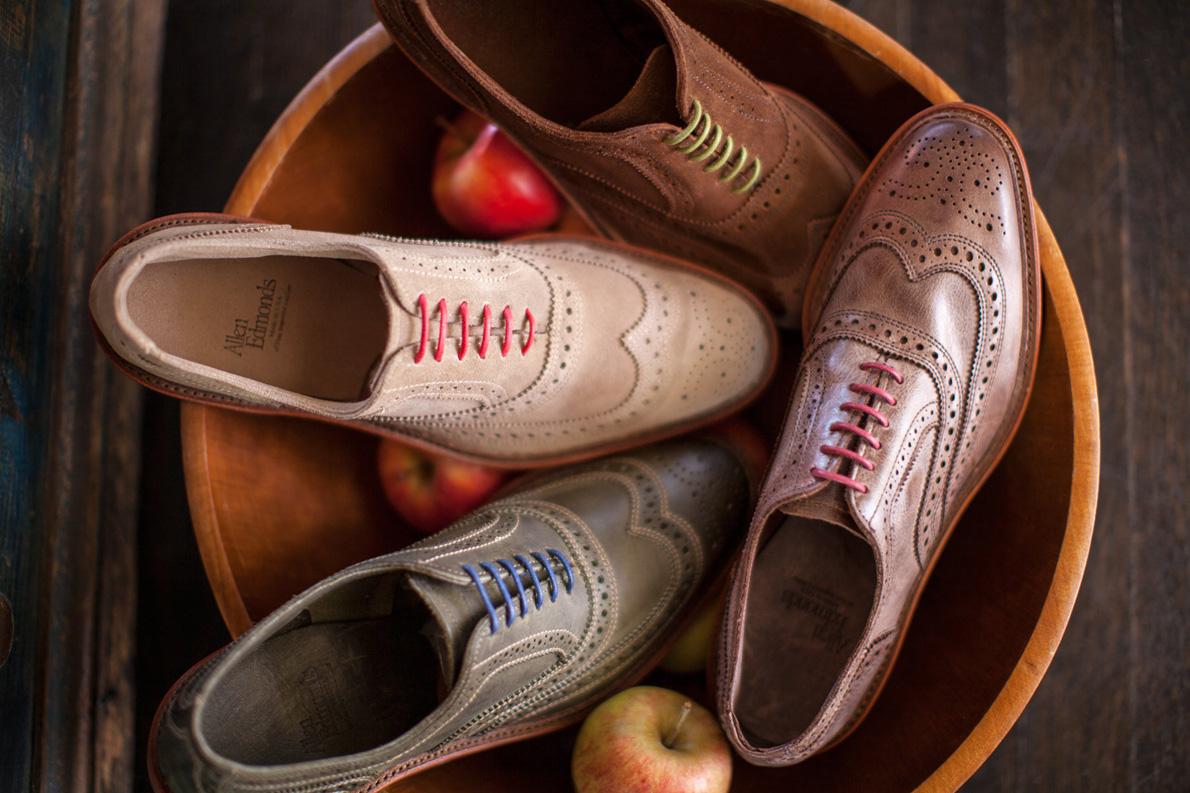 Η κατασκευή ενός καλού παπουτσιού περνάει από περίπου 160 στάδια. Αυτά της Allen Edmonds απαιτούν 270 και φτιάχνονται στο χέρι απ' τους καλύτερους τεχνίτες και τα καλύτερα δέρματα.