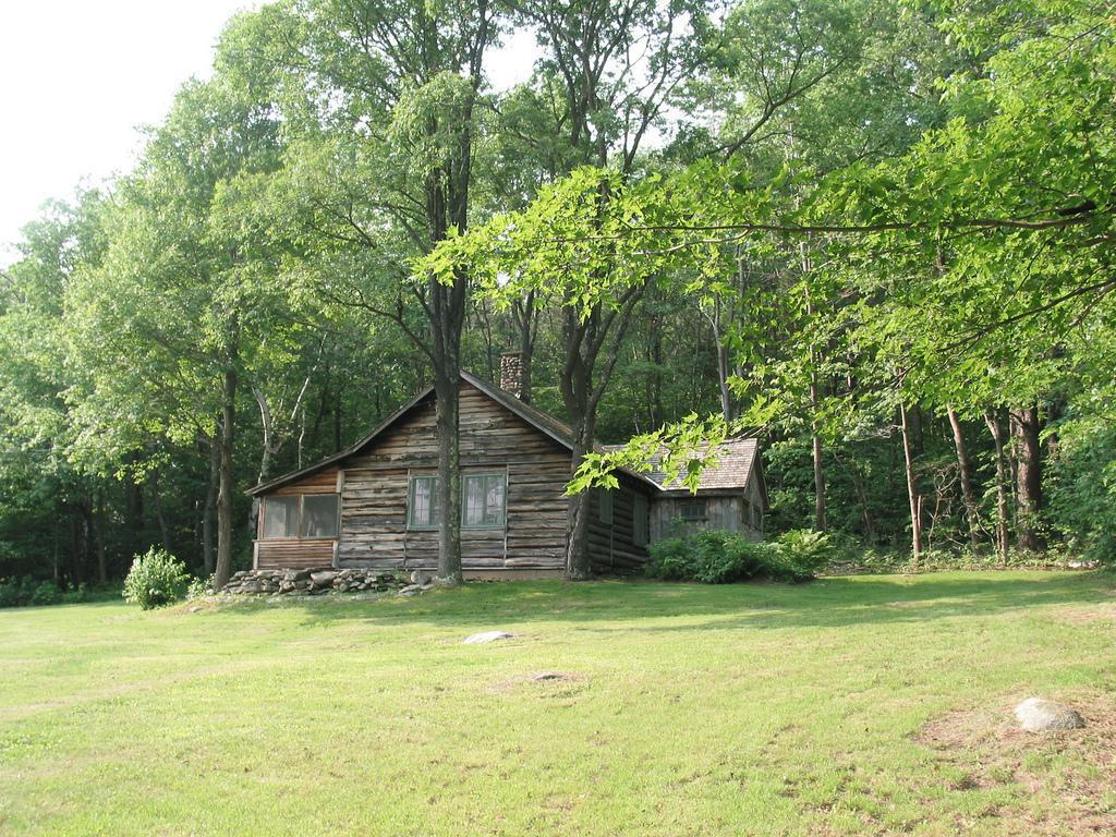 Η καλύβα του Αμερικανού ποιητή Robert Frost (Ripton, Vermont USA) Photo Credit: Don Shall/flickr