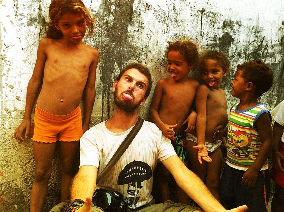 Παίζοντας με τα παιδια στο Ριο