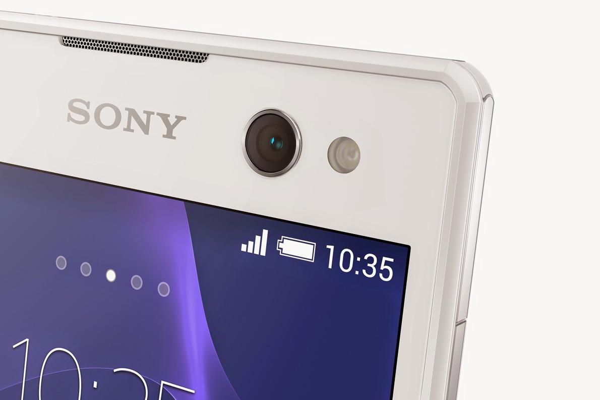 Η εμπρόσθια κάμερα των 5MP καθιστά το C3 ένα ξεκάθαρα selfie-oriented smartphone.