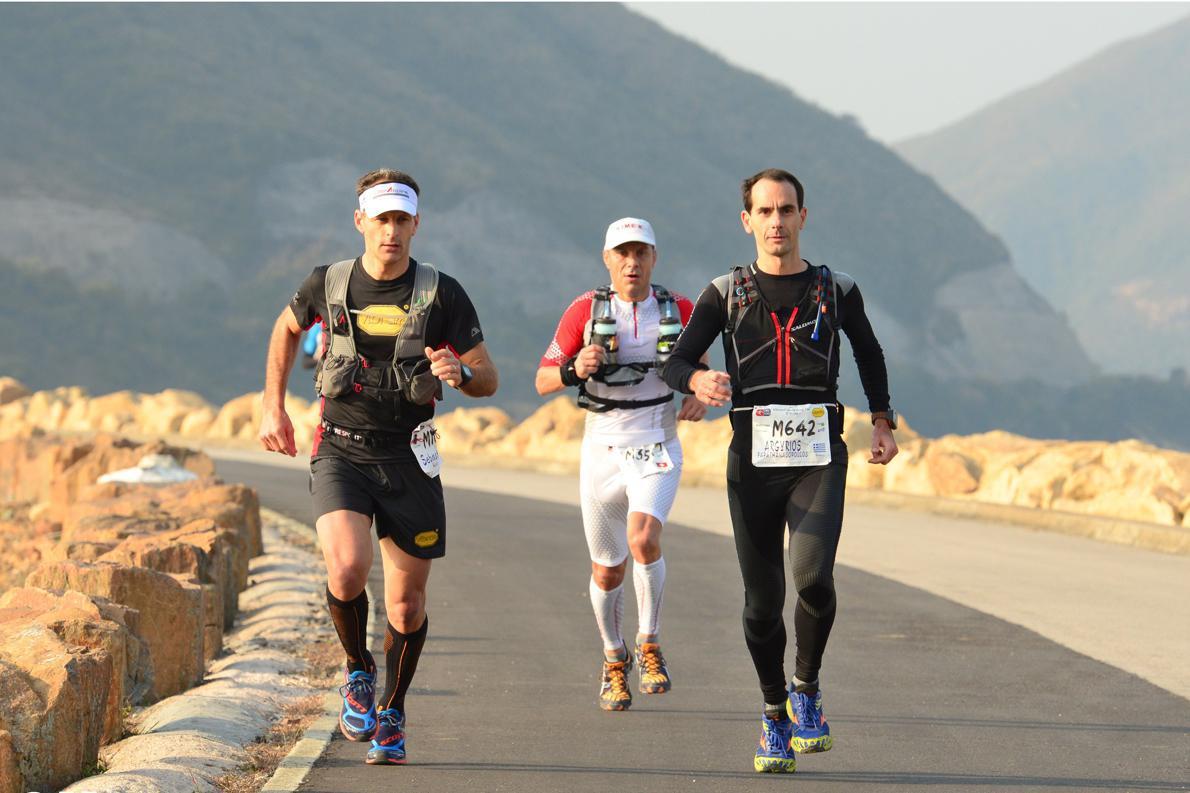 «Συγκεντρωμένος στο στόχο μου, από τα πρώτα χιλιόμετρα στον αγώνα Vibram Hong Kong 100 km».