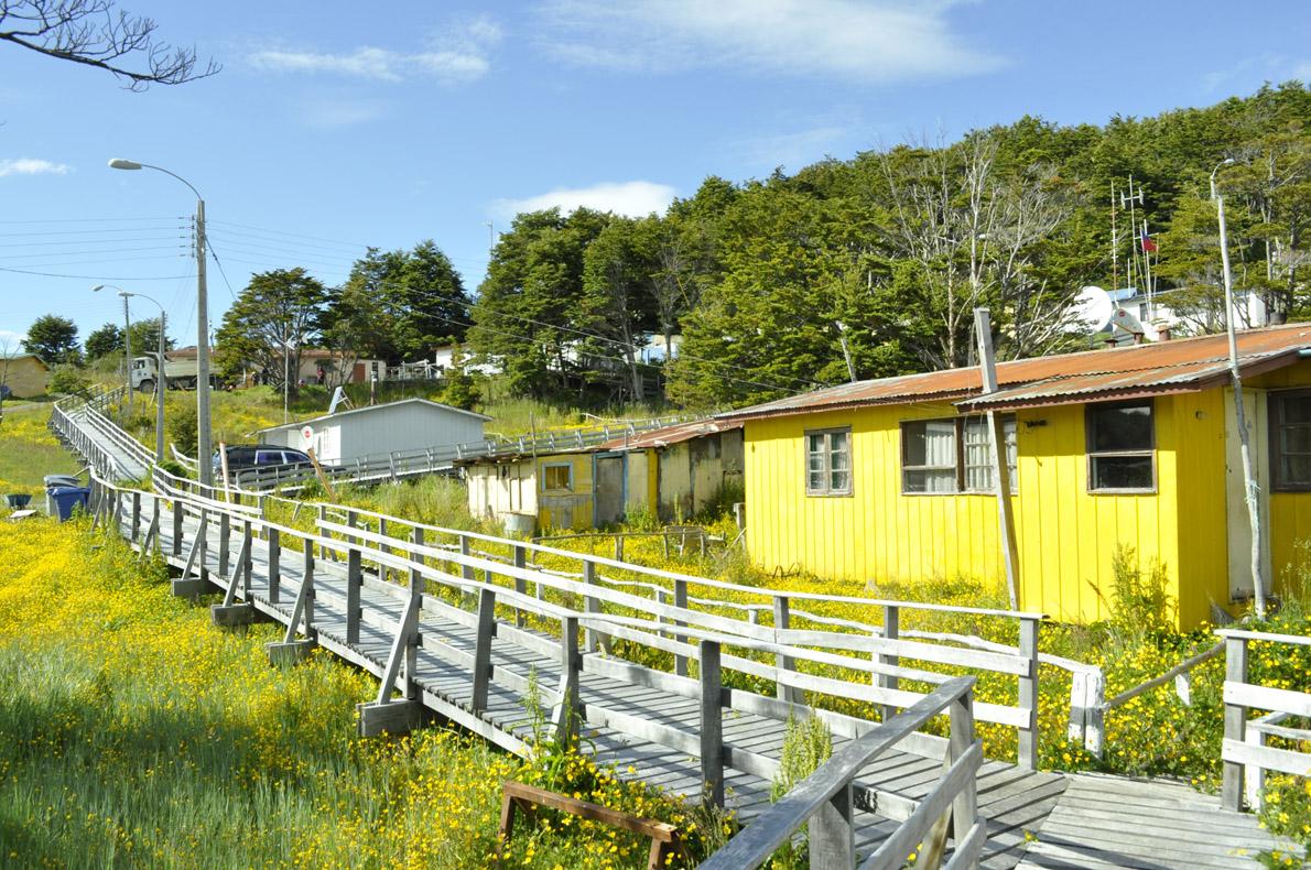 Οι λιγοστές κατοικίες του Puerto Toro.