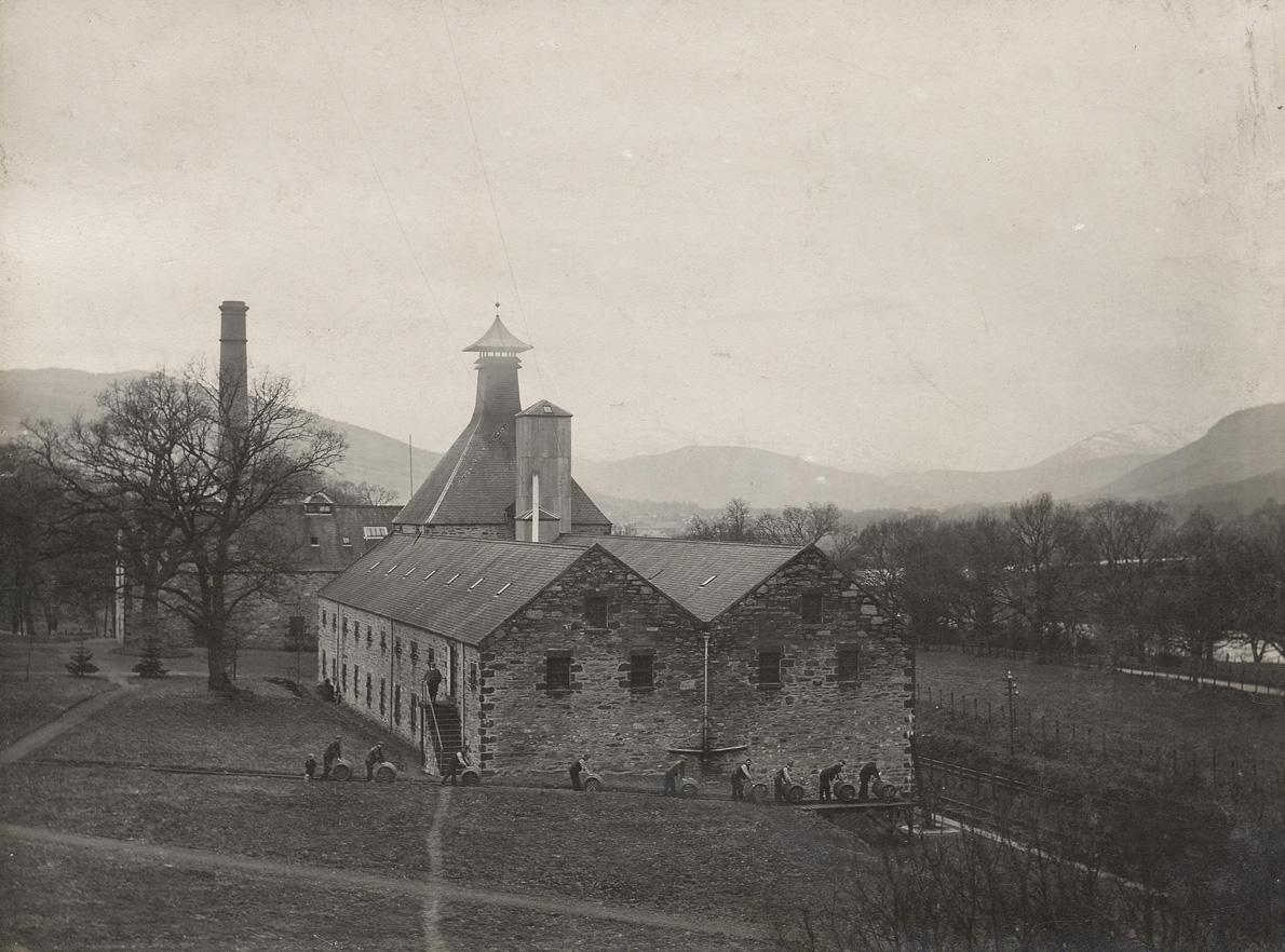 Aberfeldy_Distillery_1899
