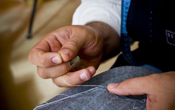 9 Μύθοι και Αλήθειες για το χειροποίητο κοστούμι