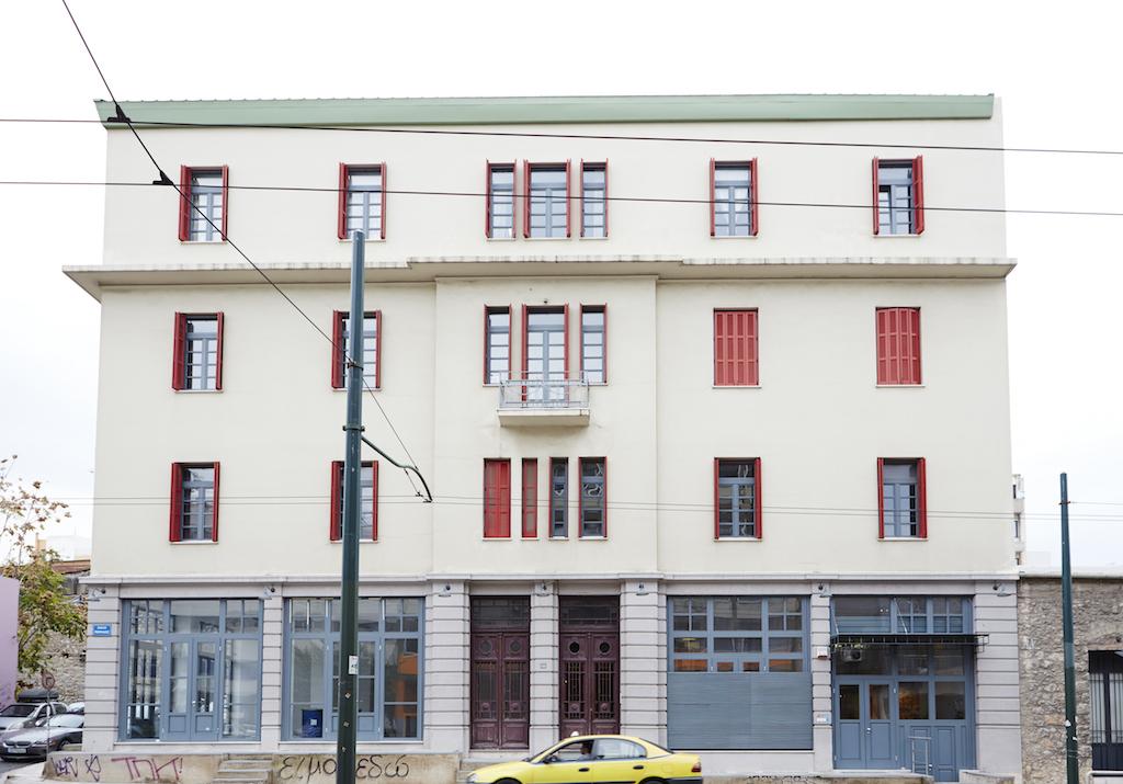 Το κτίριο που στεγάζει το «Found.ation», επί της οδού Ευρυσθέως 2, στα Κάτω Πετράλωνα.