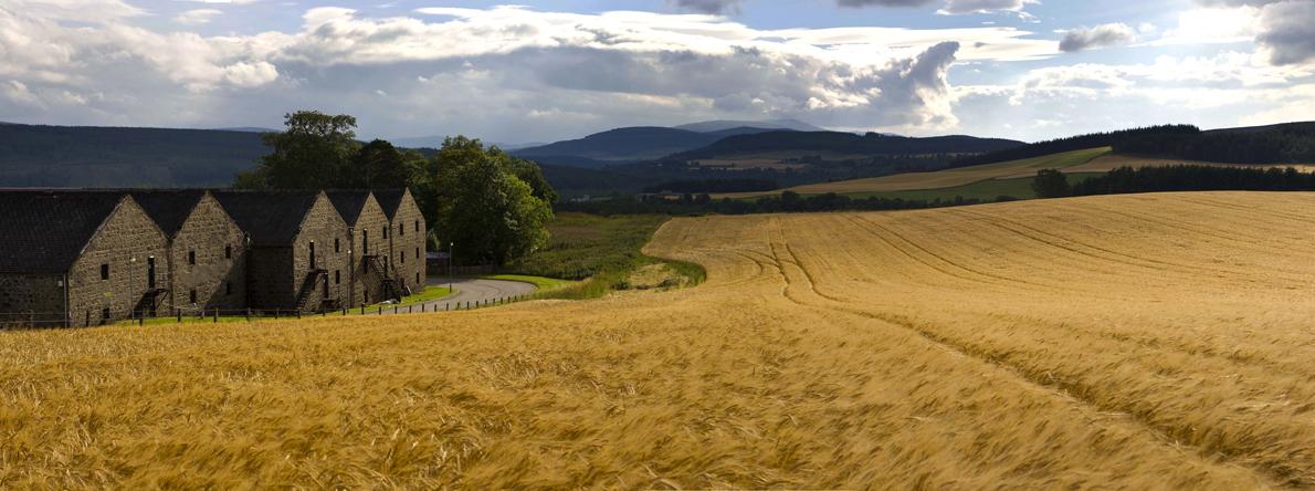 Cardhu Panorama1-ok
