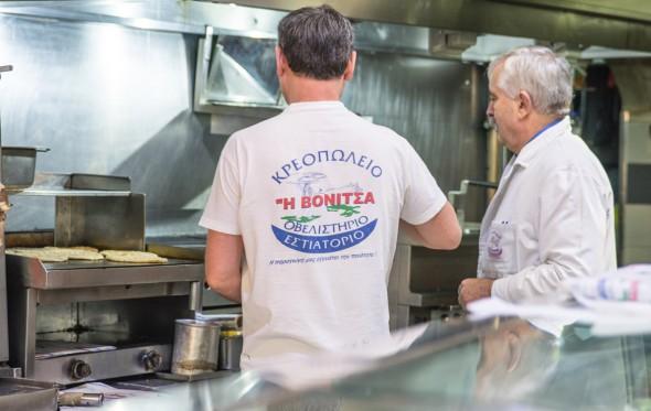 Άρης Σφακιανάκης: «Πού τρώω το άπαιχτο σουβλάκι με γύρο από αρνί!»
