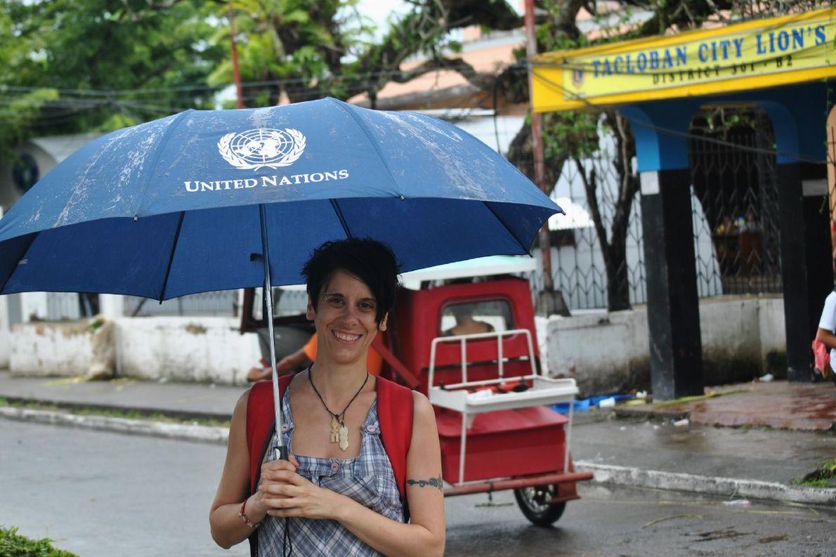 Η Φραγκίσκα Μεγαλούδη μια βροχερή μέρα στο Τακλομπάν.