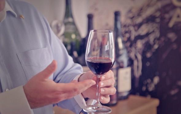 Πώς απολαμβάνουμε το κόκκινο κρασί