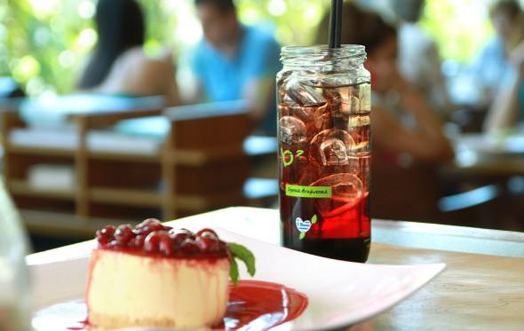 Public café: Δυνατά και στο fooding