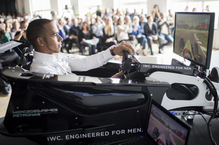 Lewis Hamilton showed off his skills on a FORMULA 1 simulator