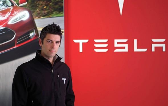O Κωνσταντίνος Λάσκαρης σχεδιάζει τα αυτοκίνητα του μέλλοντος για την Tesla