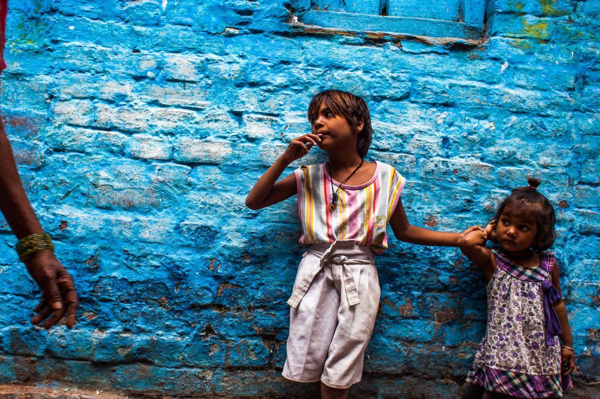 Χαμένα απ'τους γονεις παιδιά στο Βαρανάσι, Ινδια