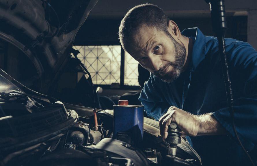 «Ένας κινητήρας με μεγάλη ροπή συνήθως ζει περισσότερα χρόνια, γιατί σπανίως δουλεύει σε υψηλές στροφές, οπότε οι φθορές είναι λιγότερες. Ε λοιπόν, το ίδιο συμβαίνει και με το ανθρώπινο σώμα».