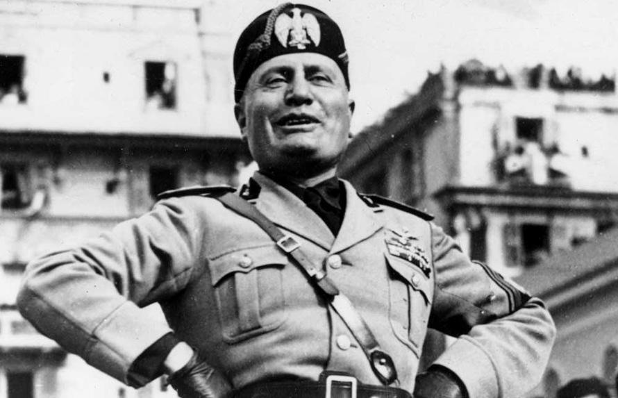 Mussolini-1938-a