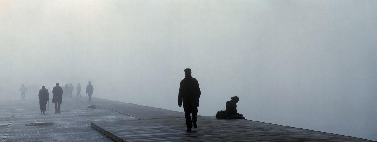 """Γιώργης Γερόλυμπος """"Παραλία Ομίχλη ΙΙ"""" 2009, επικολλημένο σε d-bond, 80 x 210 εκ . Με την ευγενική παραχώρηση του καλλιτέχνη"""