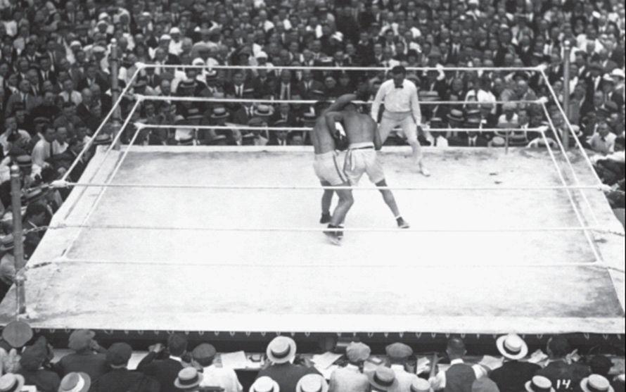 «Χάρη στην Εθνική Ένωση Ερασιτεχνικής Ραδιοφωνίας, ο αγώνας της 2ας Ιουλίου 1921, στο Jersey City, ανάμεσα στον Jack Dempsey και τον Georges Carpentier, αποτέλεσε κορυφαίο γεγονός στην ιστορία των Μ.Μ.Ε.». Ένα είδος σπινθήρα στα μπουζί του συνδεδεμένου κόσμου...