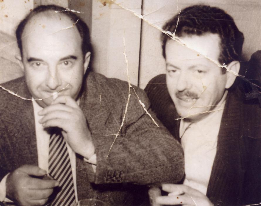 Ο Τσιτσάνης με τον διοικητή Ασφαλείας Θεσσαλονίκης (και κουμπάρος του) Νίκο Μουσχουντή.