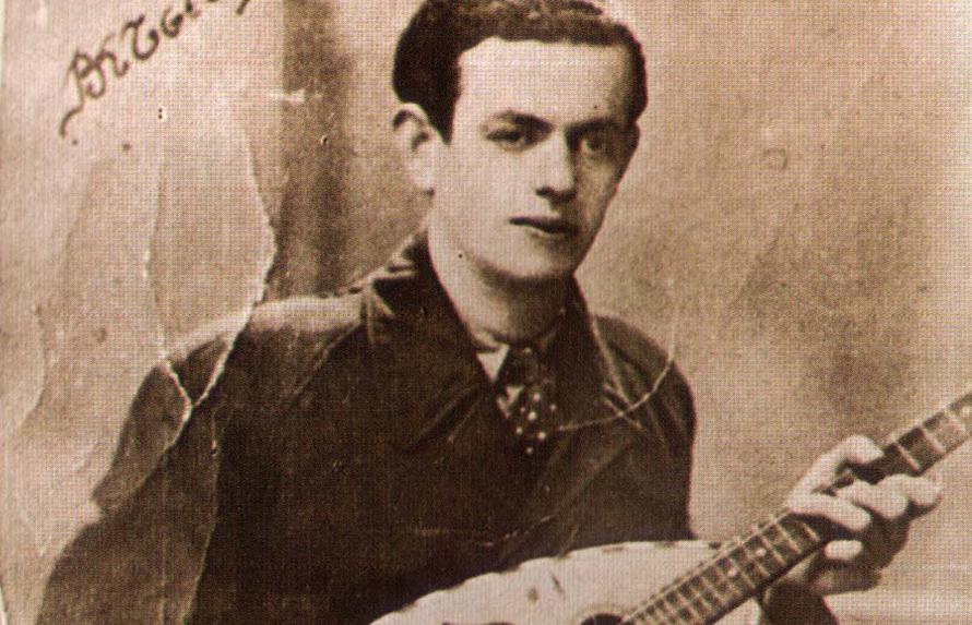 Το «Ουζερί Τσιτσάνης» έγραψε ιστορία από το 1942 ως το 1946-47 στην οδό Παύλου Μελά 22, στη Θεσσαλονίκη. Απέναντι, στο νούμερο 21, ήταν στην Κατοχή το σπίτι του Τσιτσάνη (που φέτος συμπληρώνονται 30 χρόνια από το θάνατό του)