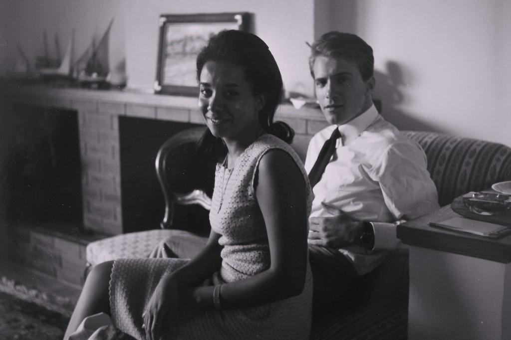 Οι γονείς του Κωνσταντίνου Αλεξάκου σε παλιότερη φωτογραφία.