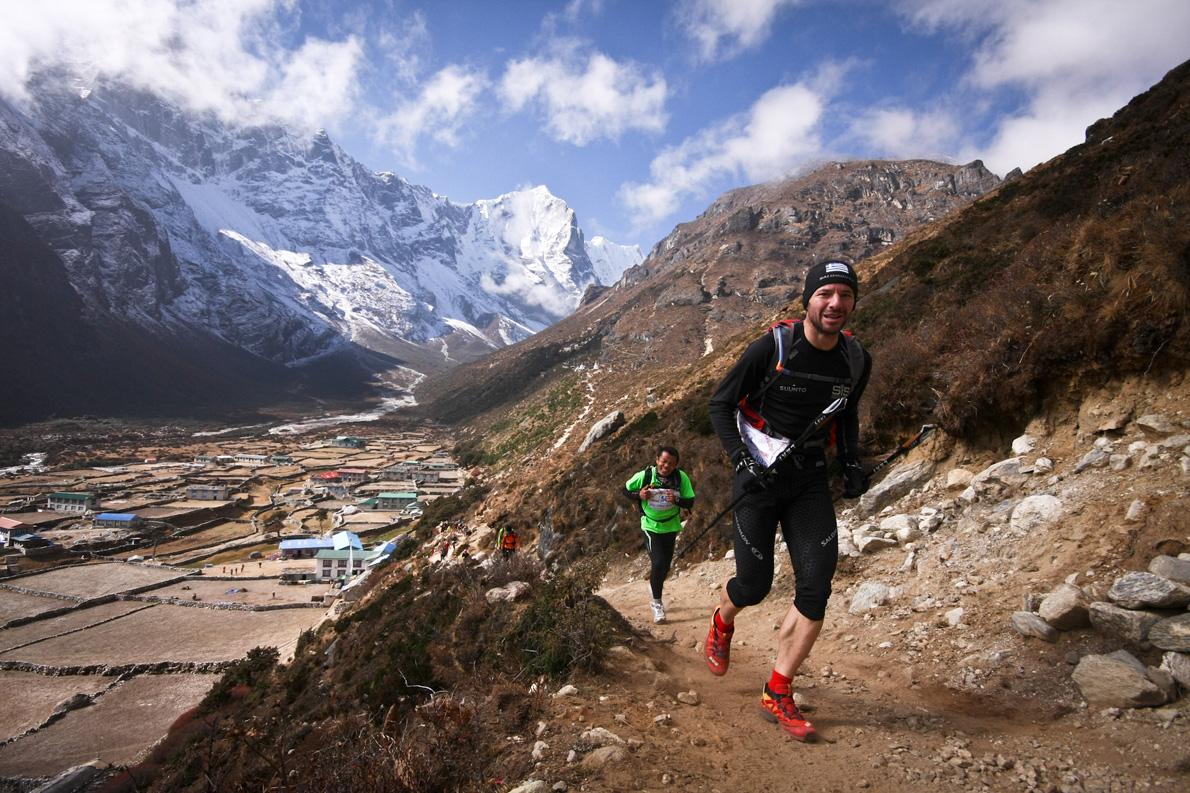 Στο «Solokhumbu Trail» του Νεπάλ: ήταν ο πρώτος Έλληνας που έτρεξε σε αυτό τον φημισμένο υπερμαραθώνιο, κατακτώντας μάλιστα την τρίτη θέση στη γενική κατάταξη.
