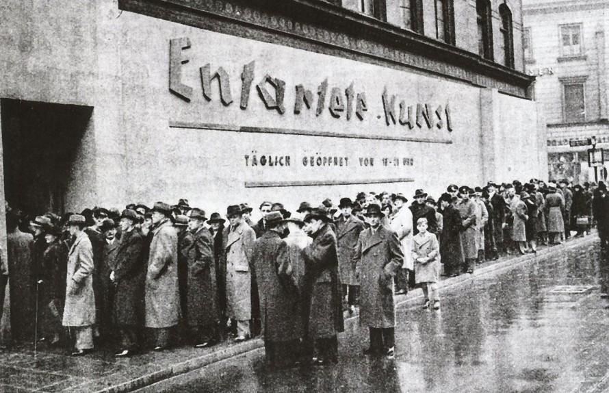 crowds-lined-up-to-visit-entartete-kunst-degenerate-art-schulausstellungsgebaude-hamburg-november-december-1938