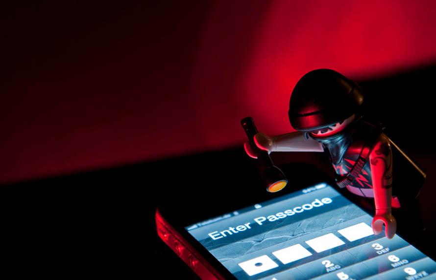 cybercrime-lego
