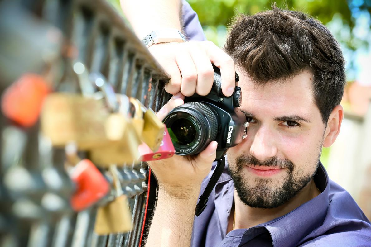 «Στο Pixathlon κάποιος με μια απλή φωτογραφική μηχανή έχει τις ίδιες πιθανότητες να κερδίσει με κάποιον που χρησιμοποιεί μια ακριβή κάμερα. Η δημιουργικότητα και οι ιδέες πρέπει να είναι ''δυνατές'', όχι ο εξοπλισμός», λέει ο Zawarczynski Daniel.